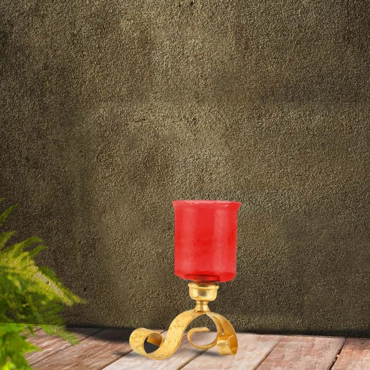 Giana Scroll  Hurricane Red,Candle Holders