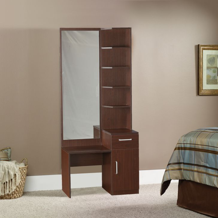 Magnum Dresser With Mirror,Dressing Tables