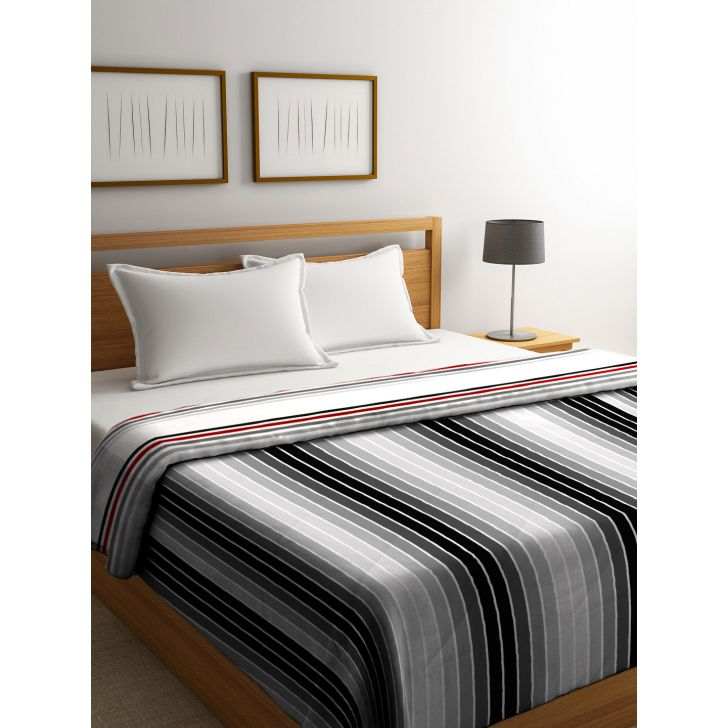 King Comforter French Gold Red,Comforters
